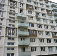 Montáž závesných balkónov